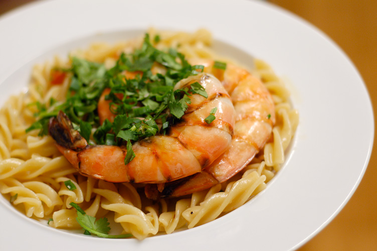 Giant shrimp pasta